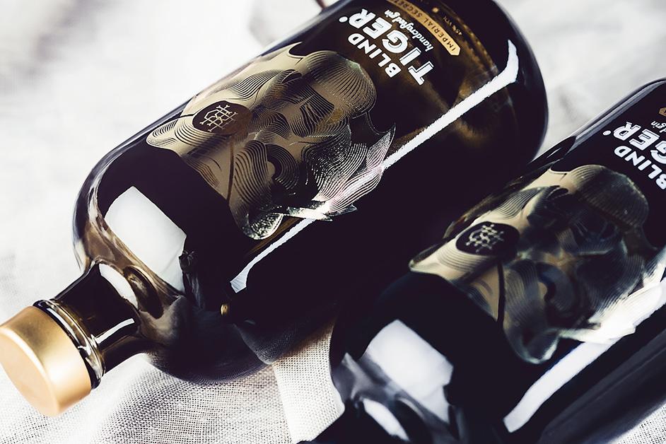 cristallo-deluxe-distillery-belgium-ginflasche, Referenz Cristallo, Tiger