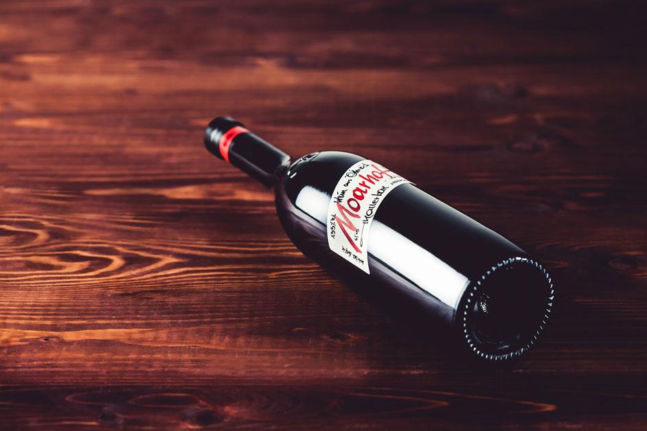 thaller-rotweinflasche-verschluss, Thaller Weingut, Rotweinflasche, Verschluss, boden